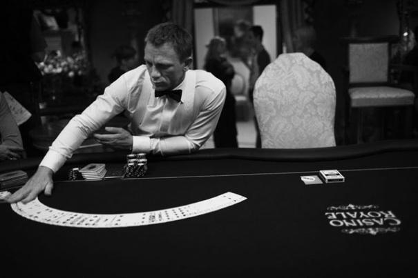http://karmajello.com/postcont/2012/04/behind-the-scenes-movie-gallery-james-bond-casino-royale3.jpg