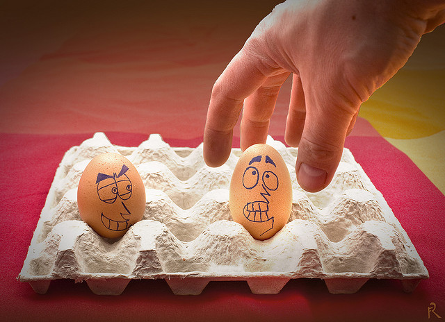 egg drawing 12 Funny Egg Drawings (Photo Gallery)