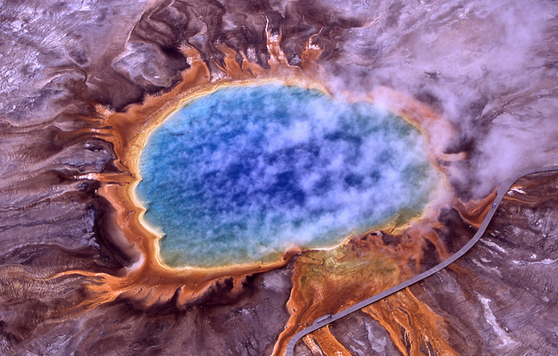 surreal travel spot grand prismatic spring yosemite Surreal Looking Travel Spots (Photo Gallery)