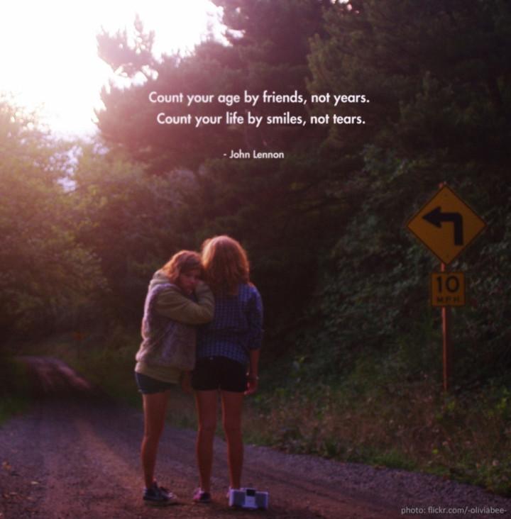 John-Lennon-quotes-count-friends
