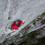 El Sendero Luminoso – Alex Honnold Climbs to the Sky (Video)